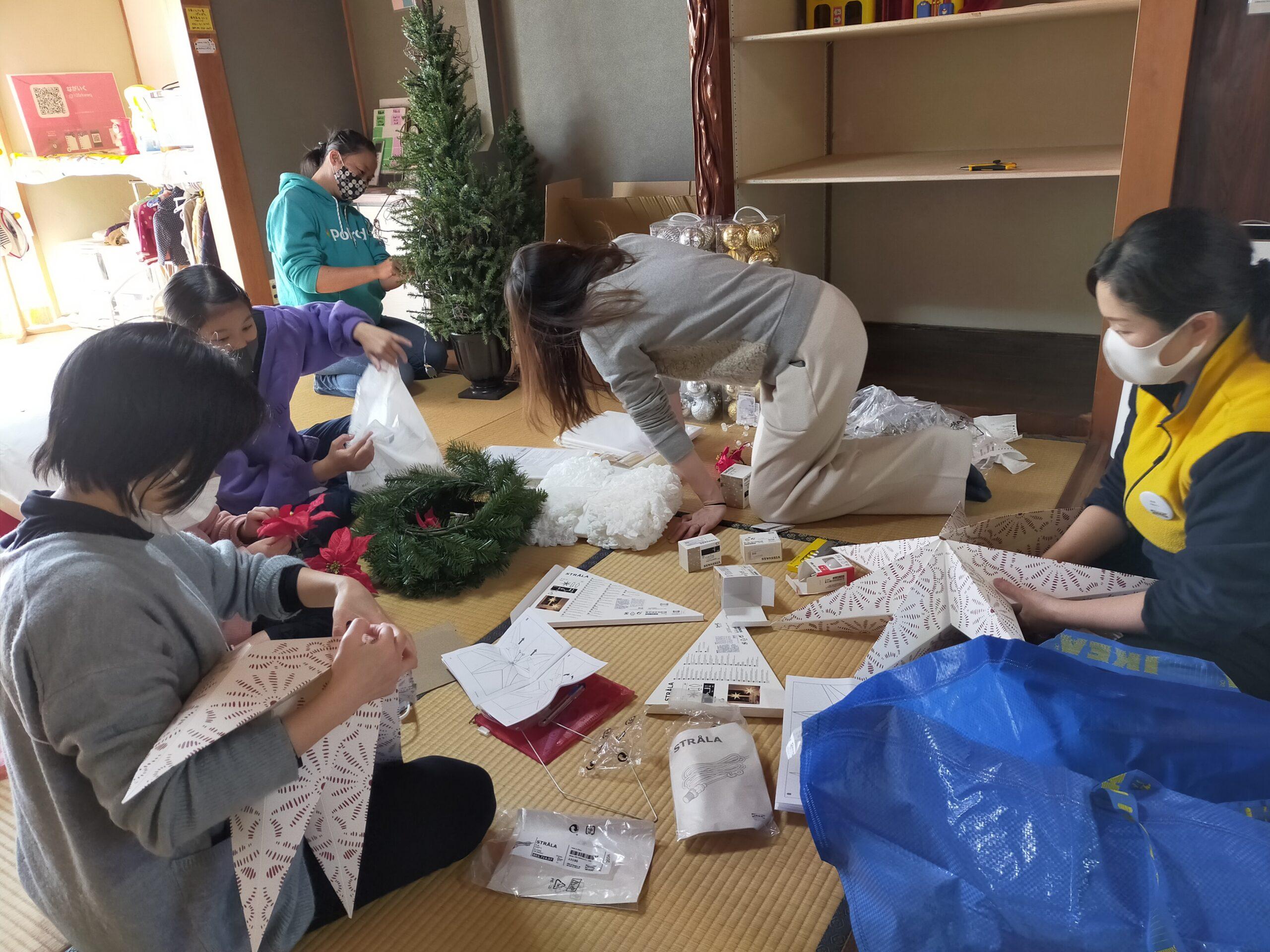 クリスマスデコレーションを、IKEAのみなさんと!